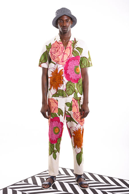 Roses shirt with flower power patterns